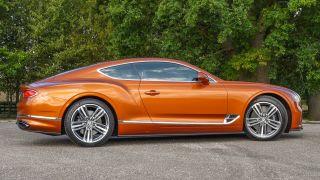 Bentley Continental GT: sang trọng, tiện nghi, điều kiện, yên tĩnh 5