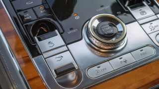 Bentley Continental GT: sang trọng, tiện nghi, nhà nước, yên tĩnh 14