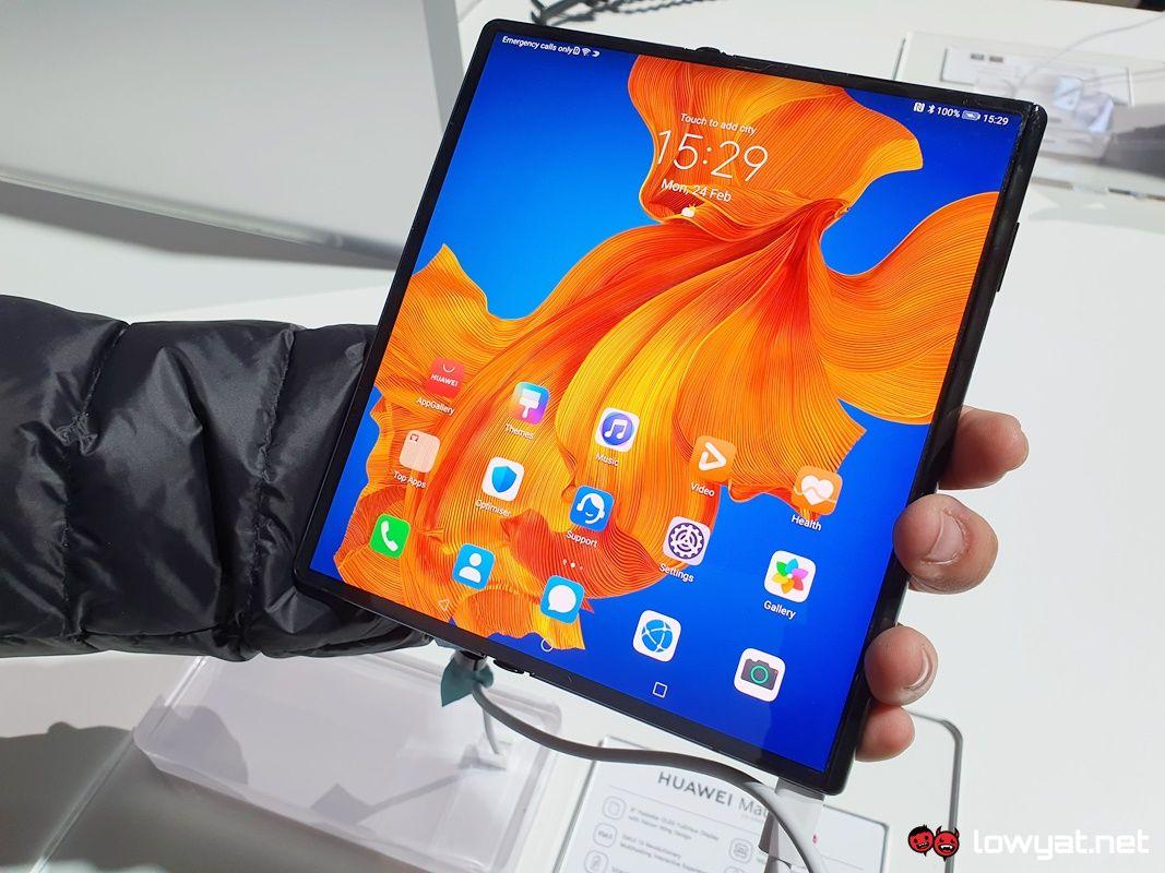 Huawei Mate Xs Handswe: Изработка на мали поправки 8
