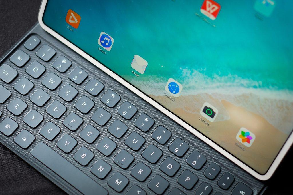 Get to work: Huawei MatePad Pro 4