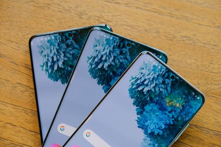 Daftar Smartphone dengan Layar Refresh Rate 90Hz dan 120Hz (Diperbarui Secara Reguler)