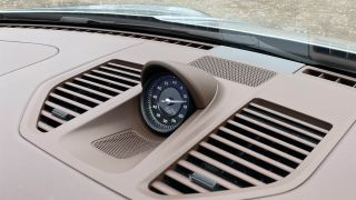 Burmester High-End Surround Sound System (2020 Porsche 911) ulasan 1