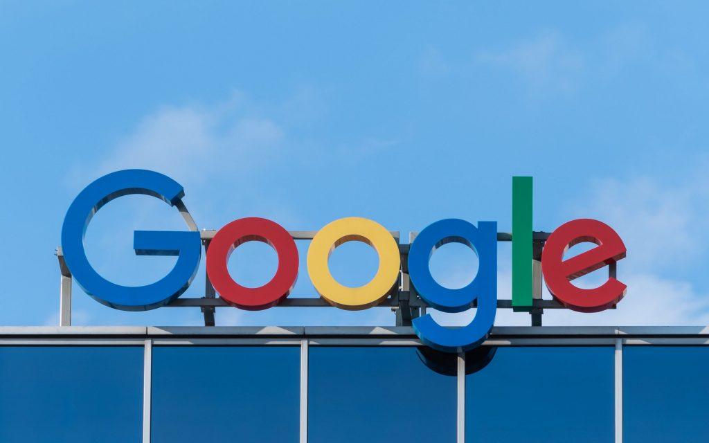 Google, qatlanan Pixel telefonlarını inkişaf etdirəcək 1