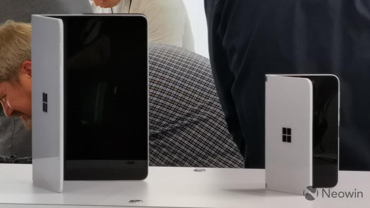 Surface Duo dari Microsoft terlihat di alam liar 1