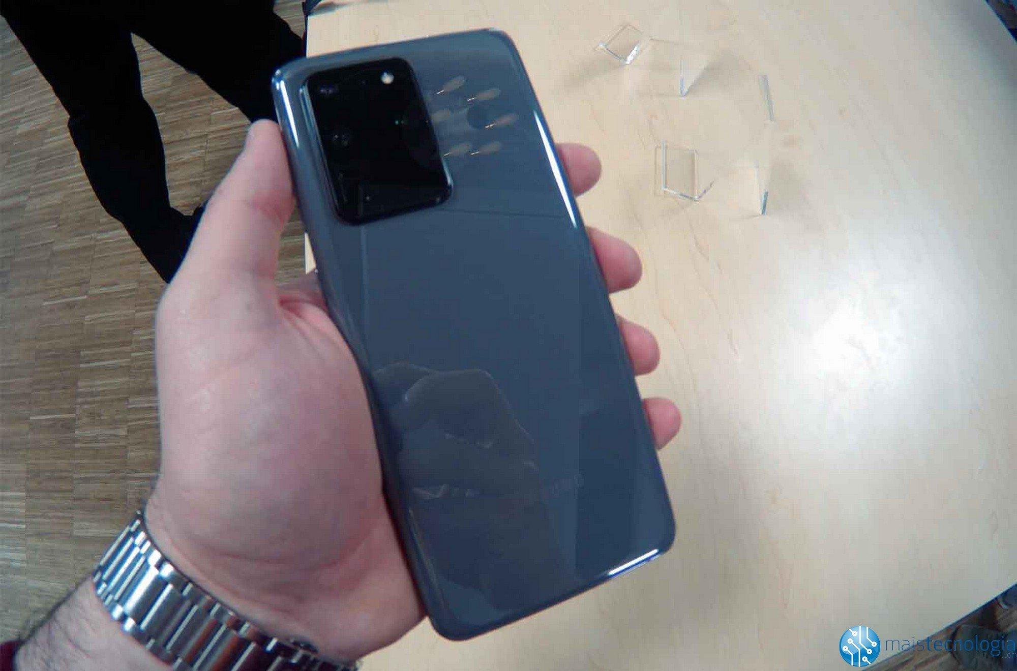 Samsung Galaxy S20 on virallinen ja versioita on kolme: S20, S20 Plus ja S20 Ultra 2