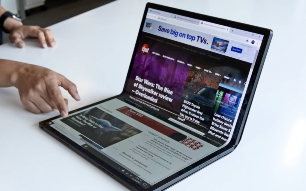 Intel, Tiger Gölü çipseti ilə qatlana bilən bir dizüstü kompüter konsepsiyasını təqdim edən Horseshoe Bendi təəccübləndirdi.
