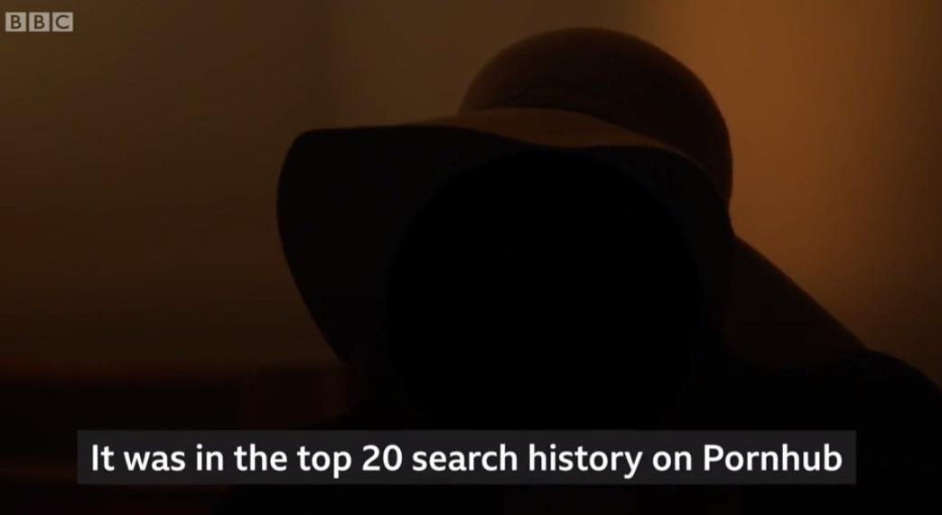 Nạn nhân khiêu dâm trả thù đã rất kinh hoàng khi cô nhận ra một video của mình đã được xem hơn 600.000 lần