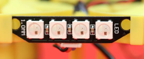 Đánh giá của Everyine Turbine QX70 - Thanh trạng thái LED