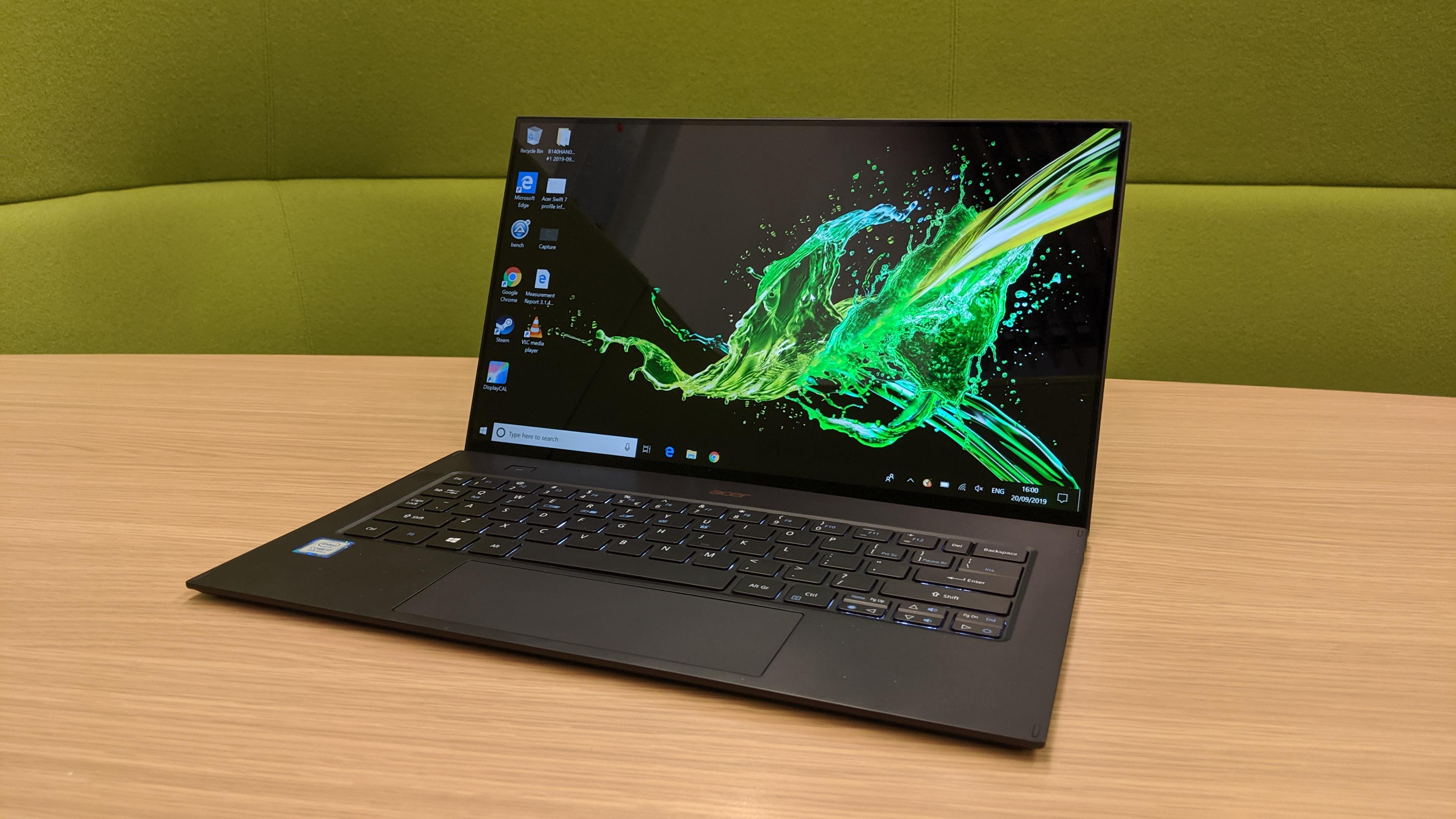 Acer Swift 7 Đánh giá SF714-52T: Các công cụ nhẹ 1