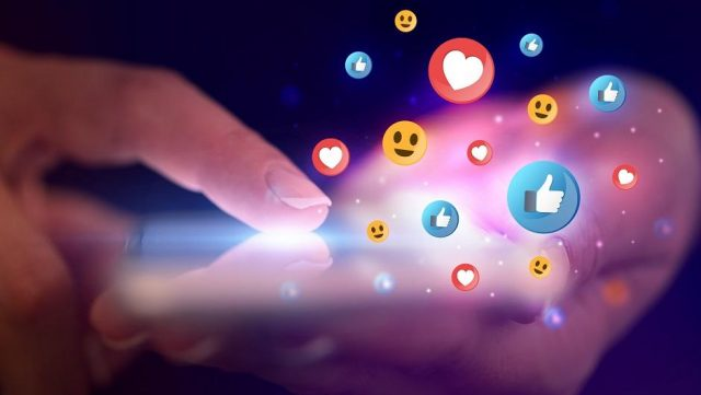 doanh nghiệp trên phương tiện truyền thông xã hội