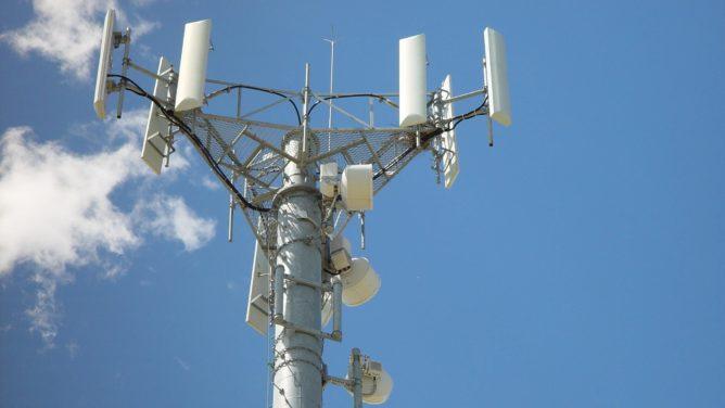 FCC vừa mở 3.5GHz băng tần 48 cho sử dụng 4G và 5G