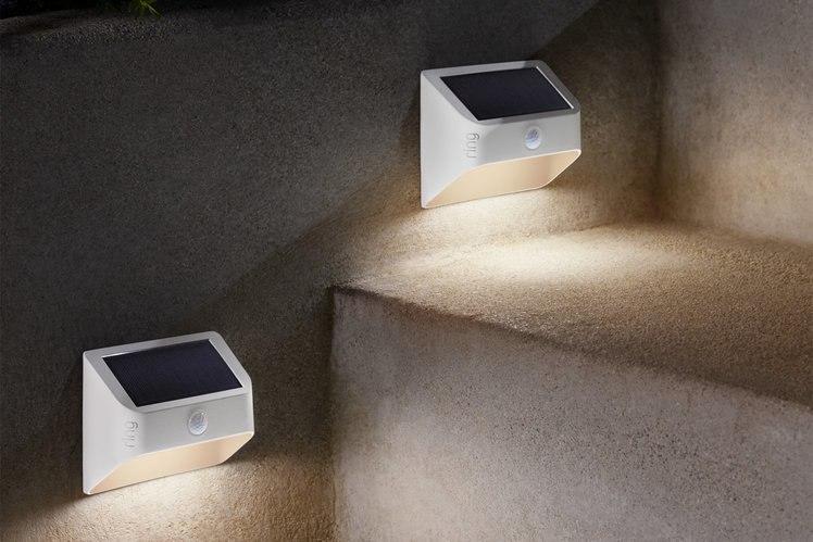Vòng bao phủ nhiều hơn ngôi nhà của bạn với bóng đèn thông minh chạy bằng năng lượng mặt trời và trong nhà 1