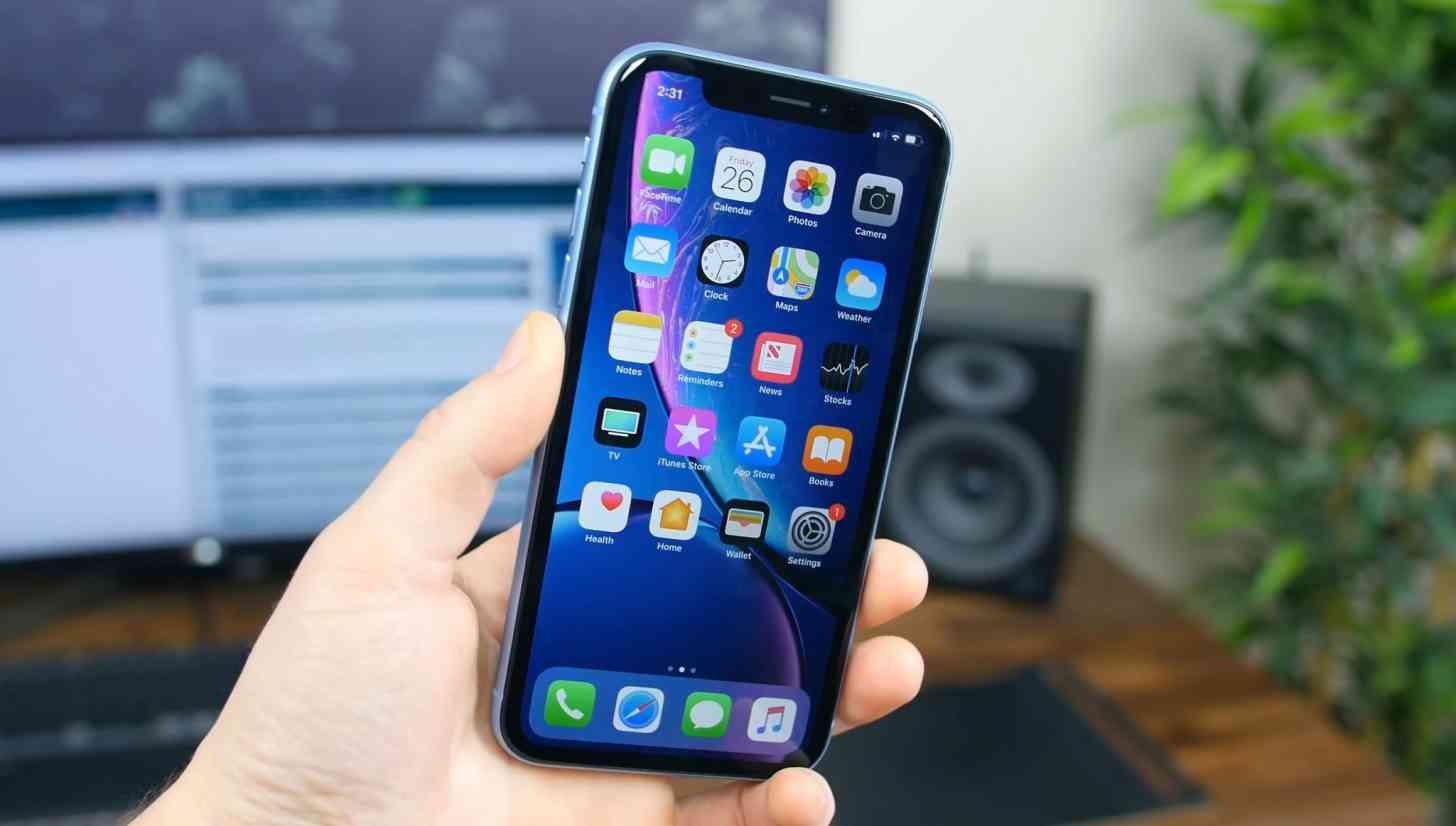 Đã đến lúc Apple để cho phép người dùng iOS đặt ứng dụng của bên thứ ba làm mặc định?
