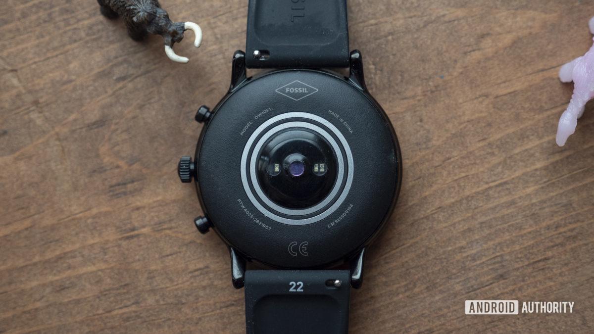 gen hóa thạch 5 smartwatch xem lại cảm biến nhịp tim 2