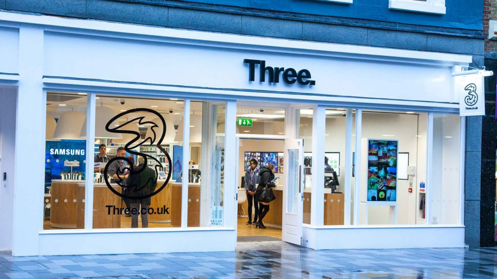 Giám đốc điều hành cấp cao của Ba công nghệ Phil Sheppard khởi hành trước khi ra mắt Vương quốc Anh 5G 5