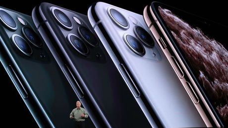 Những lý do tại sao Apple từ chối sử dụng bộ sạc đa năng 2