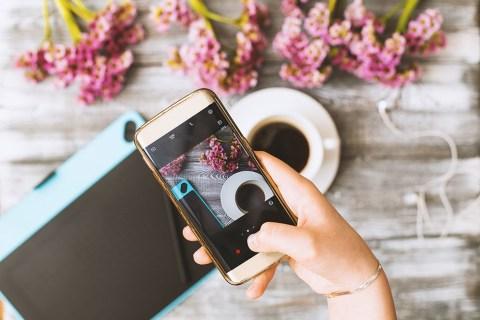 Cách chia sẻ của bạn Instagram Đăng lên câu chuyện của bạn