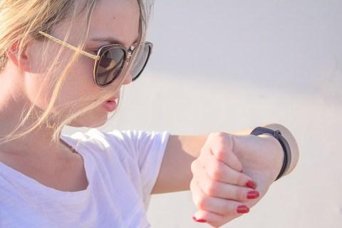 Cách ghép nối Fitbit Versa với iPhone