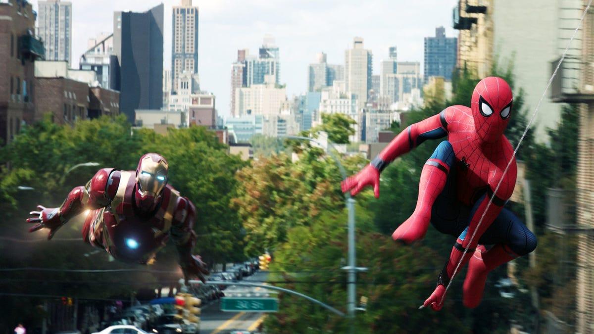 Người nhện và Người sắt bay