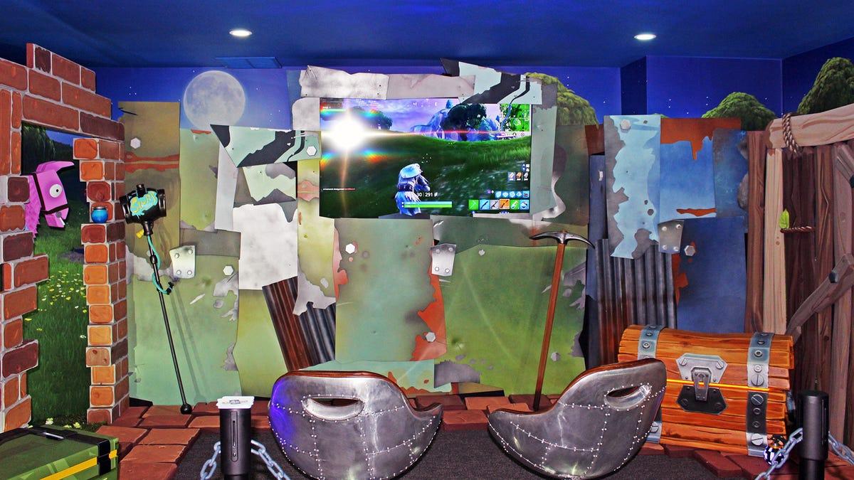 Phòng trò chơi điện tử theo chủ đề Fornite