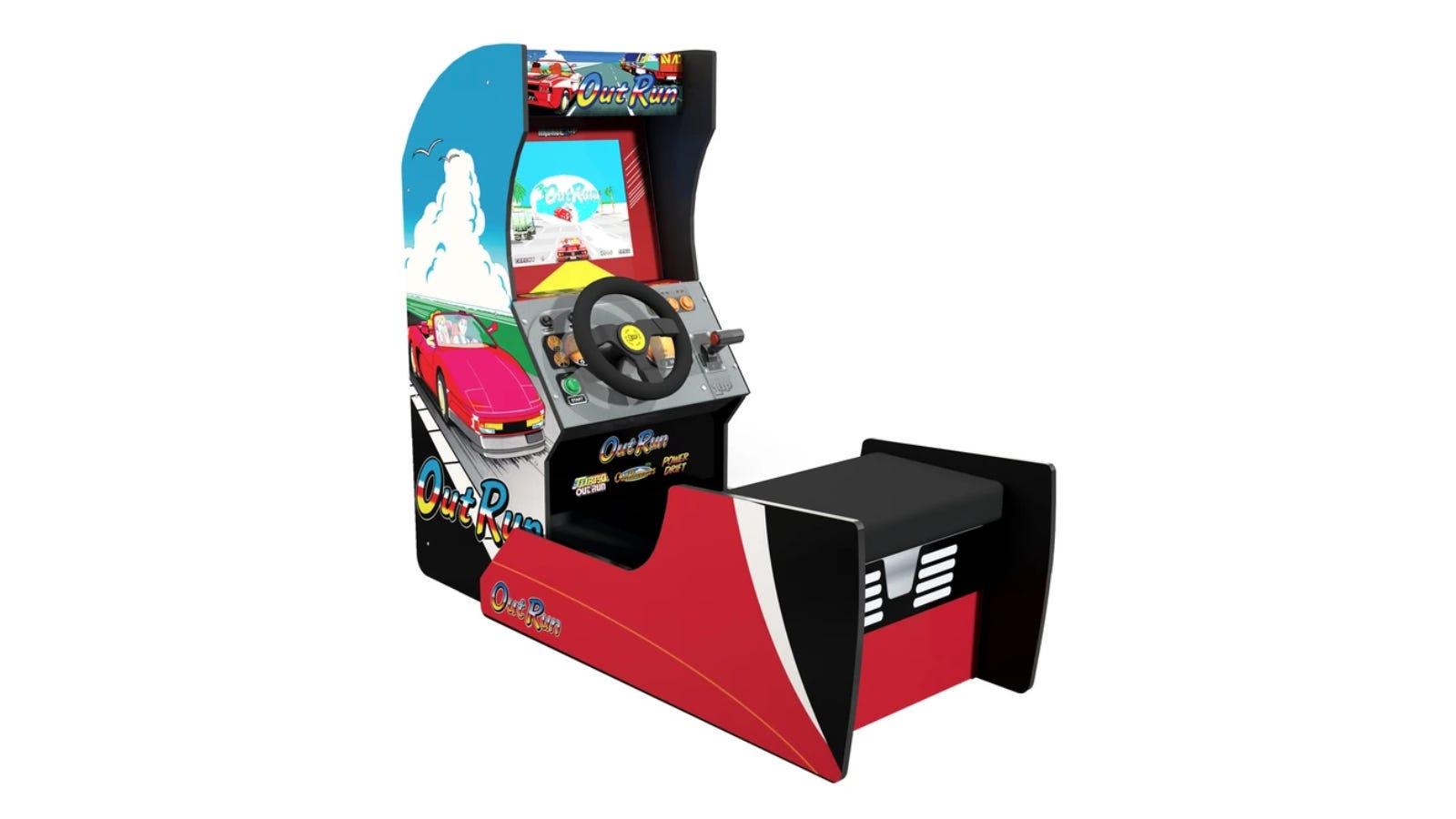 Outrun ™ Seated Arcade Machine
