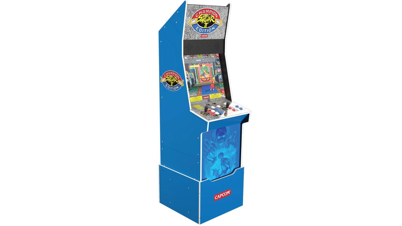 Street Fighter ™ II Big Blue Arcade Machine