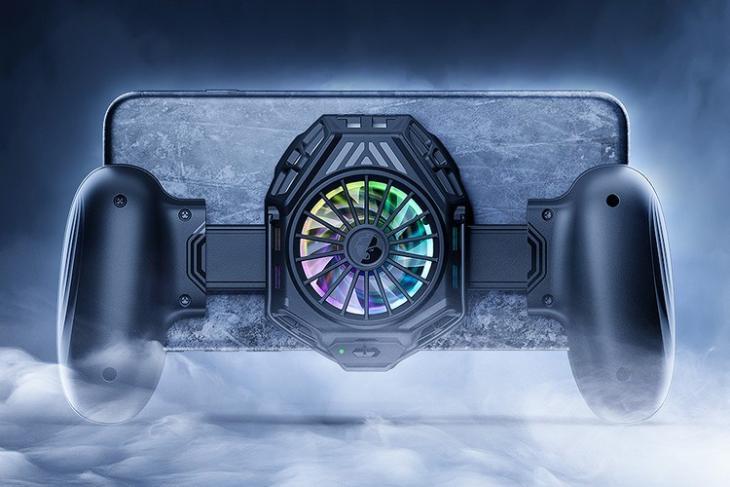 GameSir F8 Snowgon là một tay cầm di động với tính năng làm mát tích hợp
