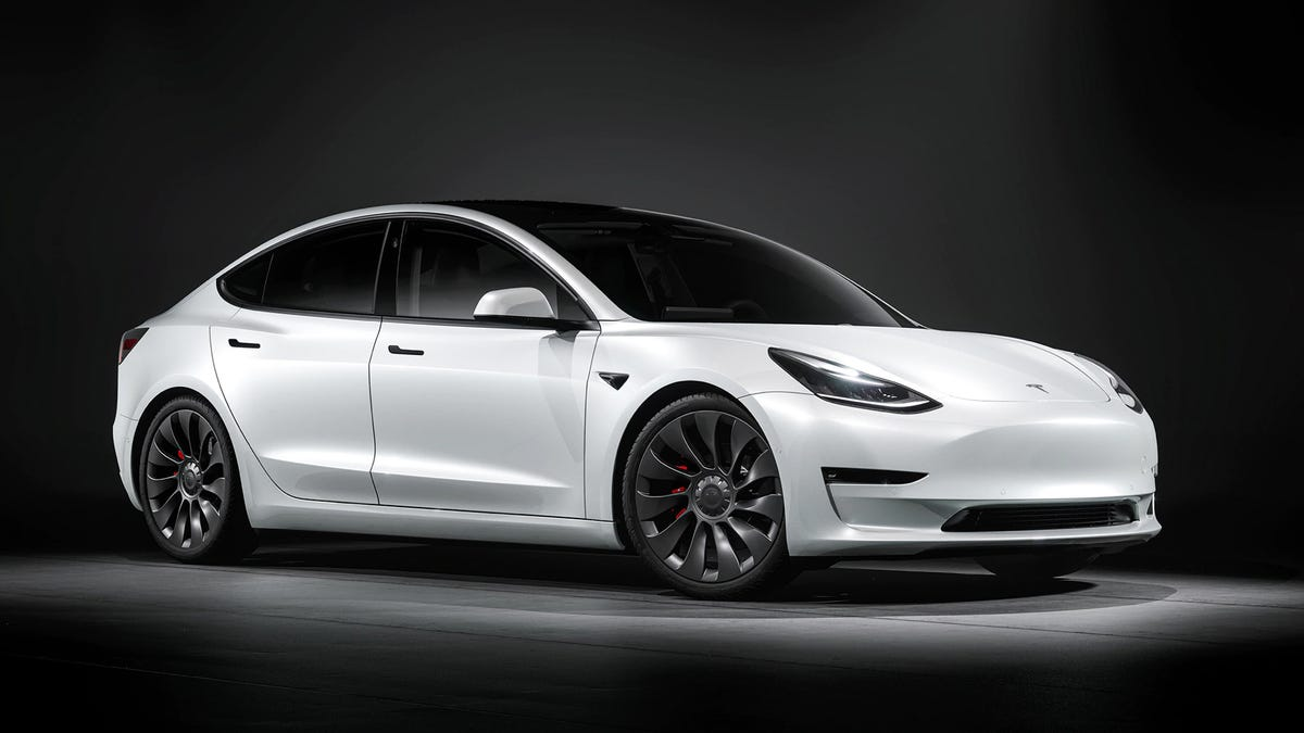 Năm 2021 Tesla Model 3